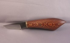 knife with oak handle